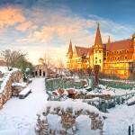 замъкът в Равадиново през зимата