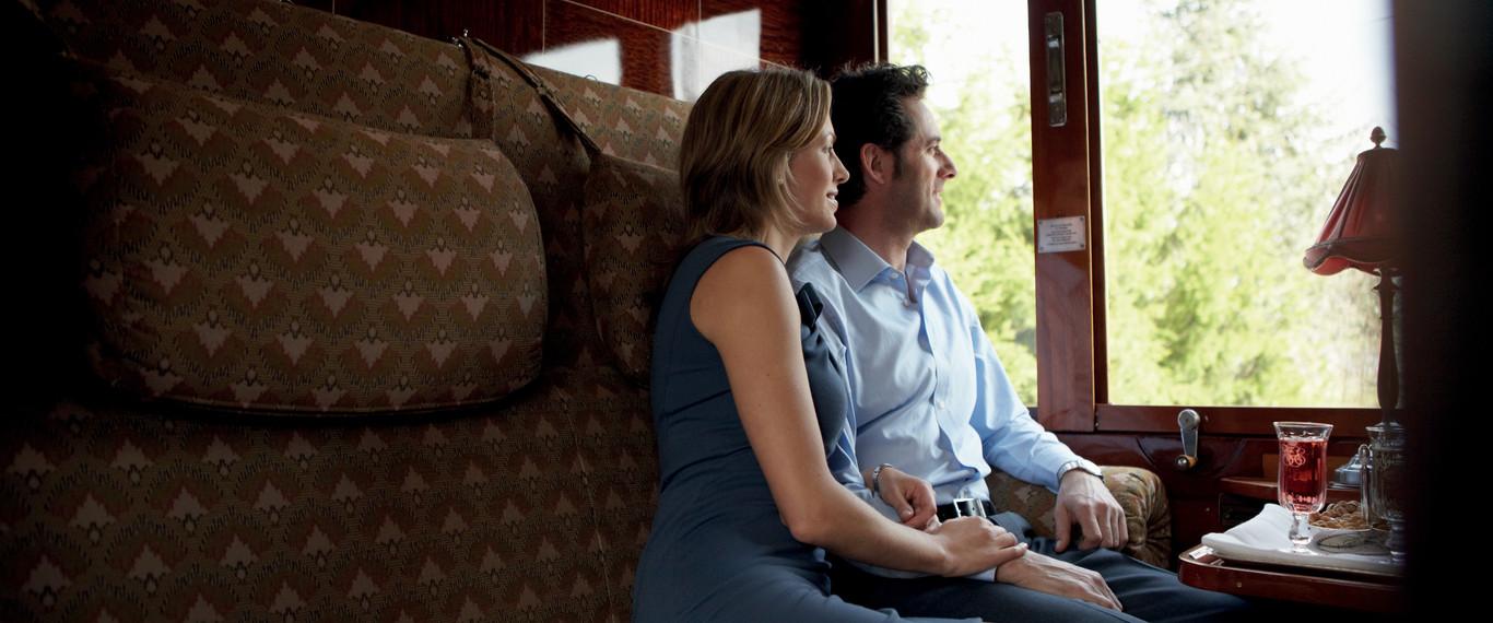cabin_luxury_train