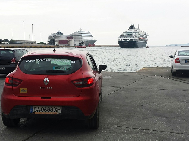 Renault Clio 4 from Top Rent A Car in Piraeus