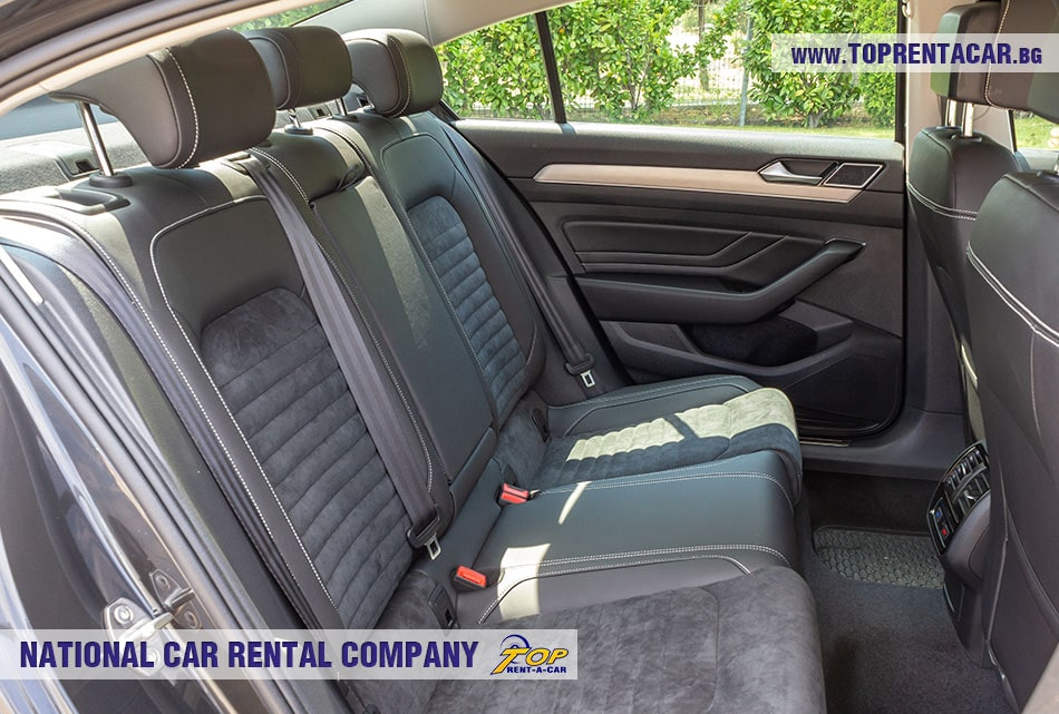 VW Passat 2020 - back seats