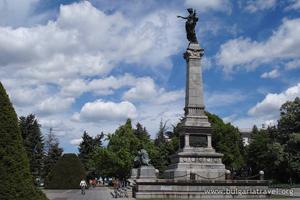 Паметникът на Свободата
