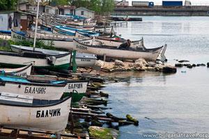 Лодки край Балчик