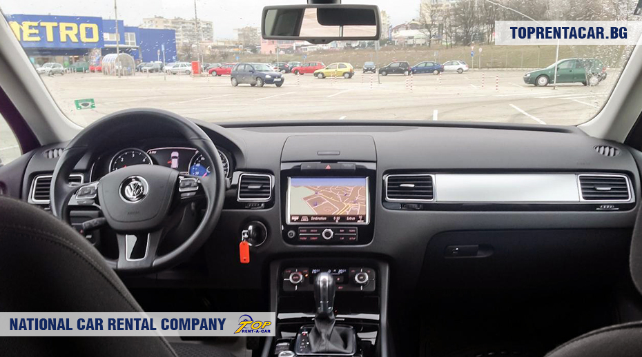 VW Touareg - inside view