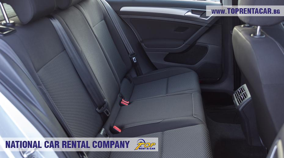 VW Golf - backseat