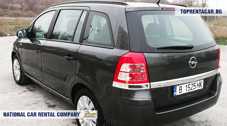 Opel Zafira - back view