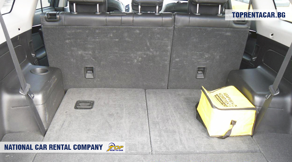 Chevrolet Captiva - trunk view