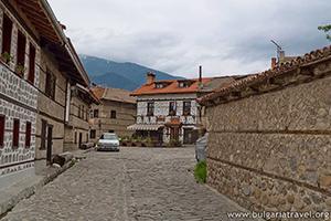 Каменни улички и музеи