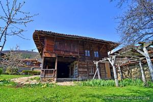 Стара къща в Котел